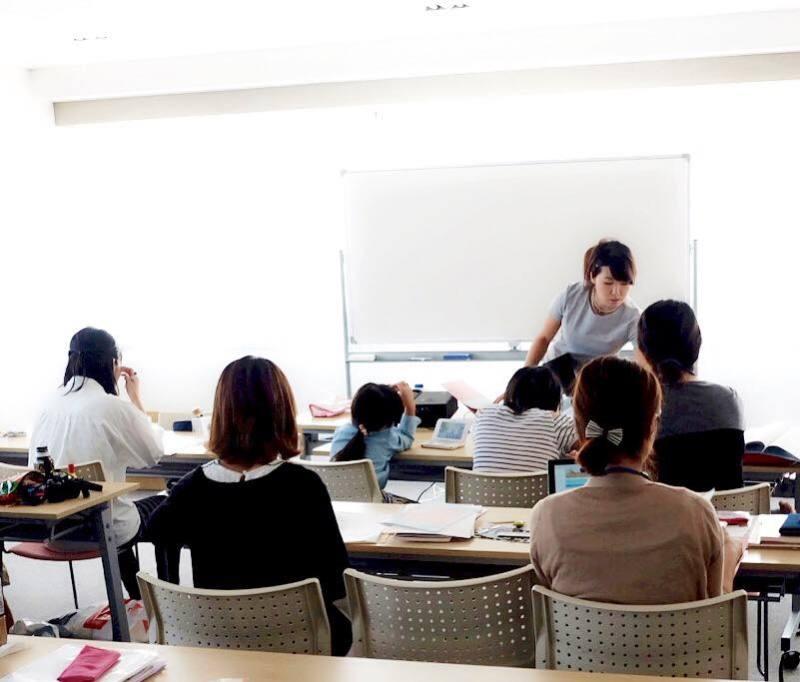 福岡19期講師が誕生しました!素敵なサプライズ